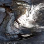 Wasserstrudel im Perlenbach