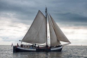 Plattbodenschiff auf dem Ijsselmeer