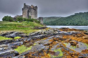 Eilean Donan Castle - Lochside